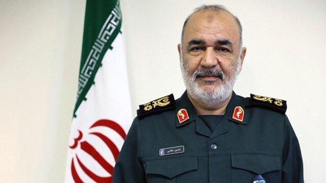 فرمانده کل سپاه: تعهد دادهایم کشور را در همه زمینهها از بیگانگان بینیاز کنیم