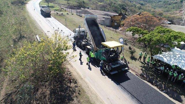 ترمیم جادههای آفریقای جنوبی با بطریهای پلاستیکی شیر