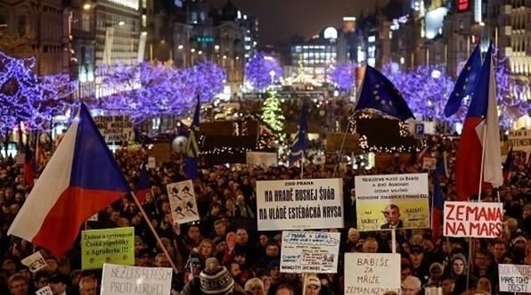 اعتراضات علیه نخست وزیر چک به اتهام تعارض منافع و سوء استفاده مالی