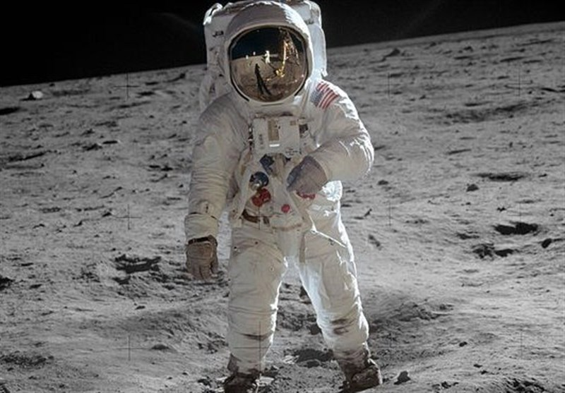 سفر به فضا چقدر آب میخورد؟