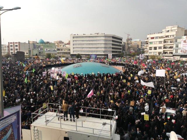 قطعنامه تجمع میدان انقلاب