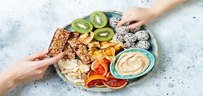 12 میان وعده سالم که گرسنگی عصرانه شما را به راحتی برطرف می کند