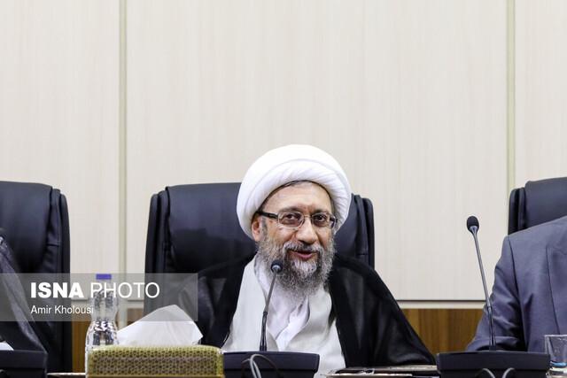 آملی لاریجانی: انتقاد حق مردم است