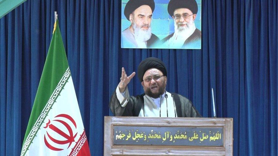 امام جمعه اصفهان: علیه شورای نگهبان حرف بزنید در قیامت مجازات میشوید