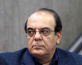عباس عبدی: خطر خبرهای فیک با تعطیلی روزنامهها و بیاعتباری صداوسیما تشدید میشود