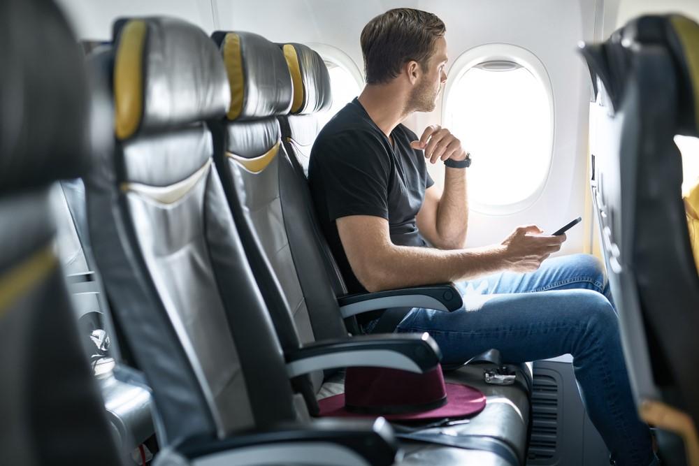 هر آنچه درباره انتخاب صندلی های هواپیما هنگام خرید از سفرستان باید بدانید.