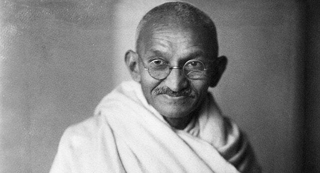 جهان داستان کوتاه/ هر روز یک داستان: «لنگه کفش گاندی»
