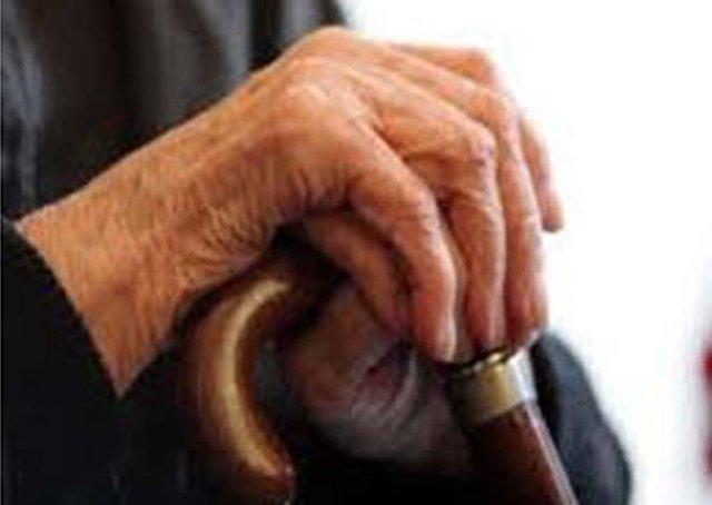 در این روزهای کرونایی، سالمندان را نیازارید