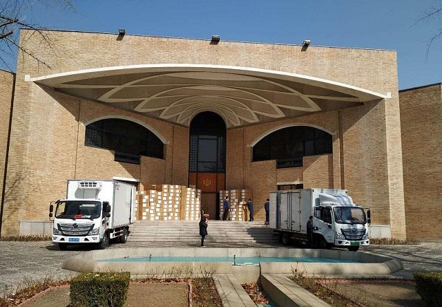 ارسال 4 محموله تجهیزات پزشکی از چین به ایران