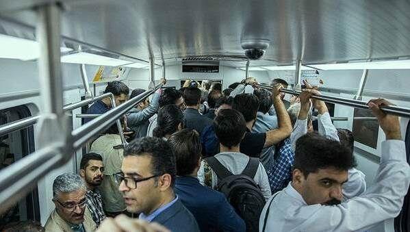 فاصله گذاری اجتماعی در حمل و نقل عمومی تهران؛ چگونه؟