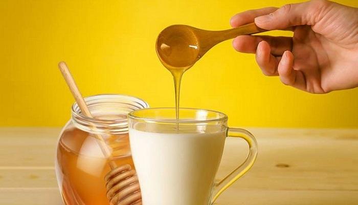 شیر و عسل؛ از فواید تا دردسرهای یک ترکیب!