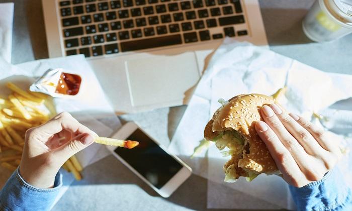 حذف استرس از غذا و 7 نکته برای دوران قرنطینه!