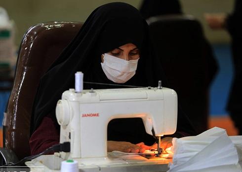 تولید روزانه 7000 ماسک در استان یزد توسط مشاغل خانگی