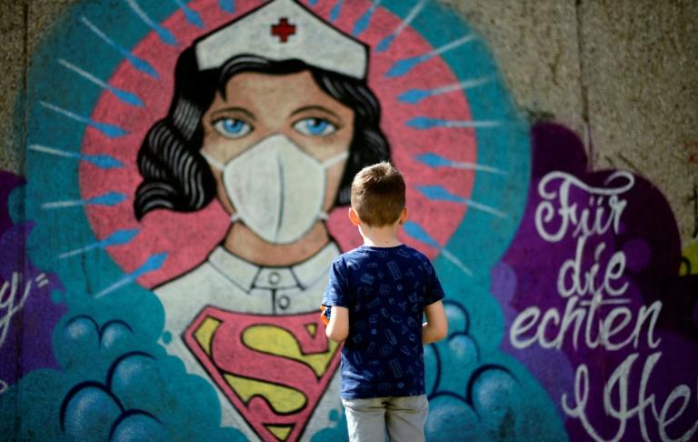 بیمارستان ها مانند میدان جنگ کرونا