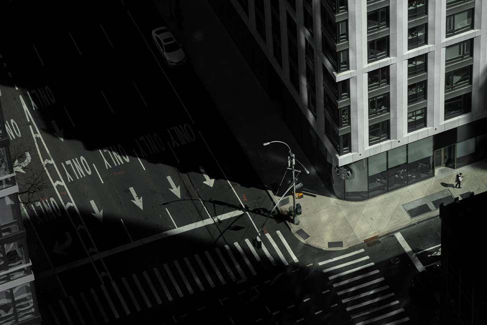 ترس از کرونا و شهرهای خالی از انسان (+عکس)