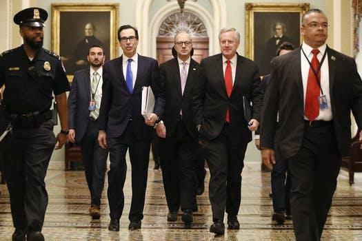 بسته 2 تریلیون دلاری ترامپ برای نجات آمریکا از بحران کرونا