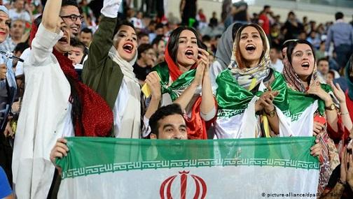 مهر 98/ زنان در ورزشگاه آزادی