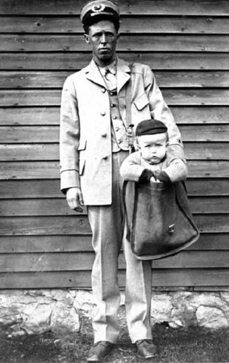 ارسال کودکان از طریق پست