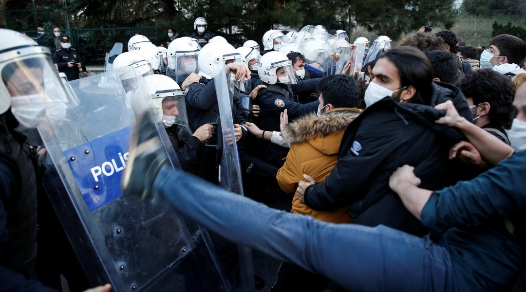 اعتراض دانشجویان ترکیه به انتخاب رئیس دانشگاه از سوی اردوغان