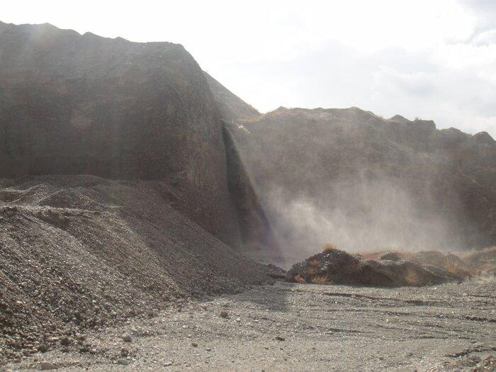 روستائیان به ستوه آمده از تخریب طبیعت ساوجبلاغ