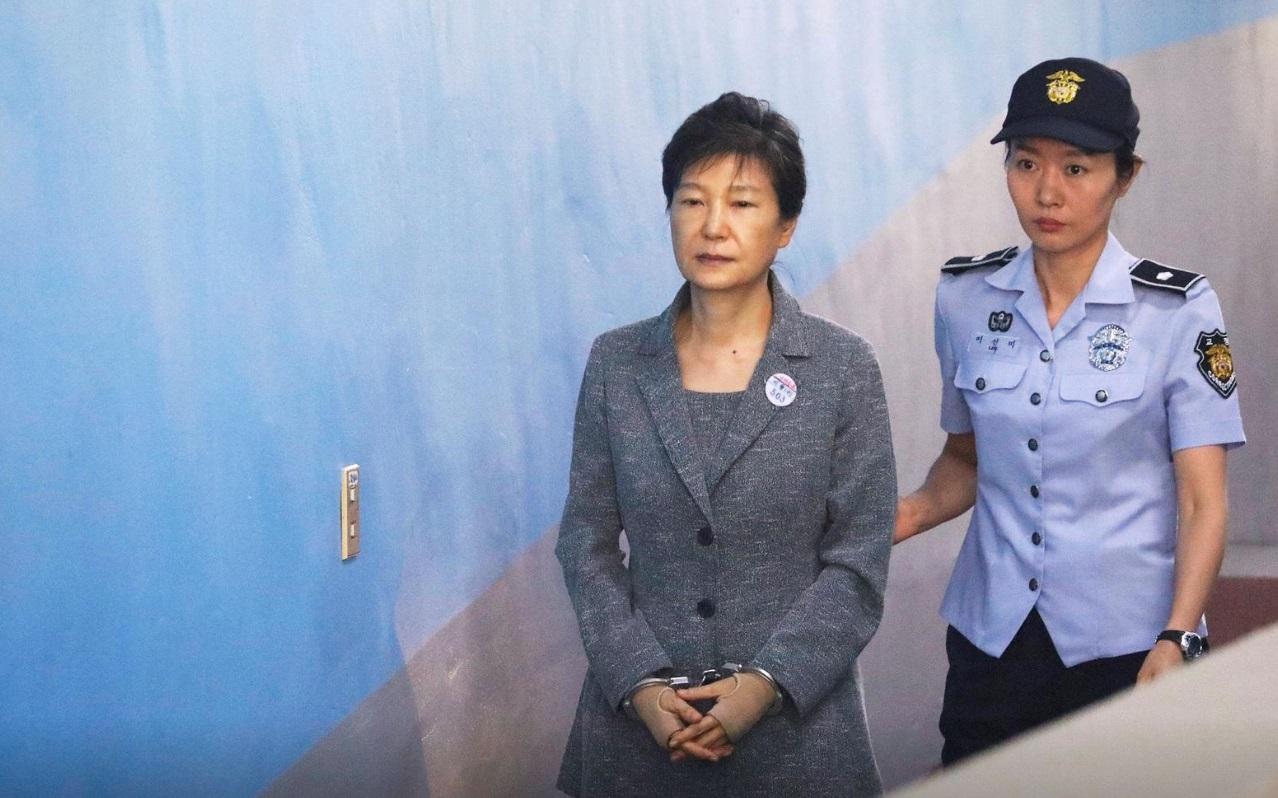 20  سال حبس برای رئیس جمهور سابق کره جنوبی/ پایان دادگاه راهی برای عفو 