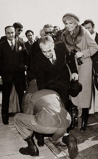محمد رضاشاه، محمد گالیله و سید جلال تهرانی در قاب 26 دی 57