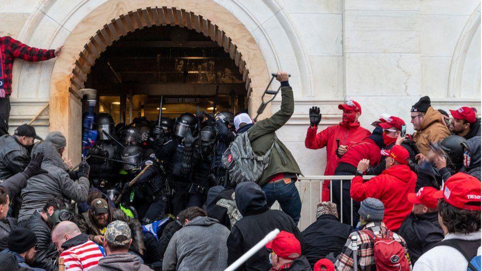 پلیس آمریکا: شورش کنگره شبیه جنگ قرون وسطایی بود