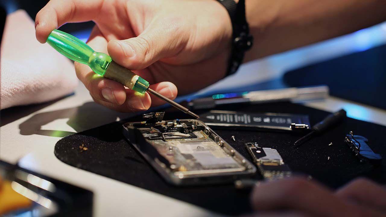 5 راهکار طلایی برای تعمیر و عیب یابی باتری گوشی