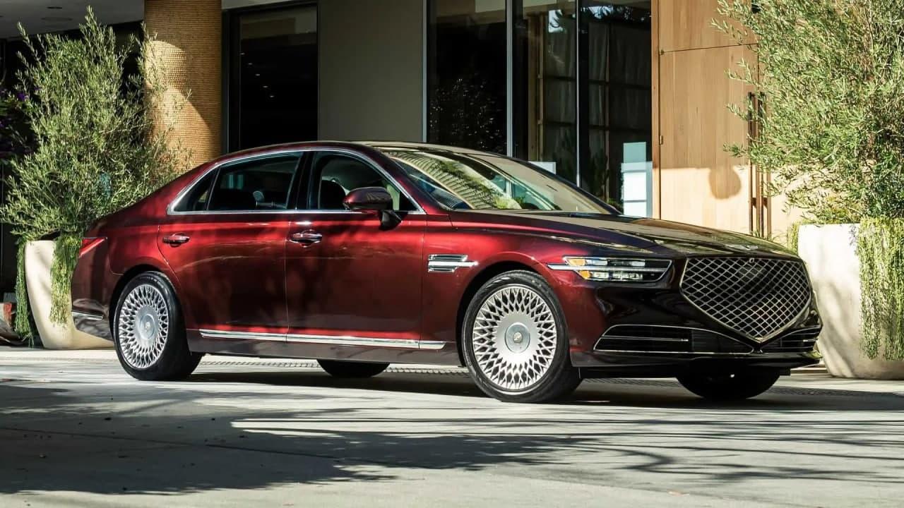 موفق ترین خودروهای 2020 در نقدها و بررسی ها؛ از ب ام و X5 تا یک هتل لوکس متحرک(+عکس)