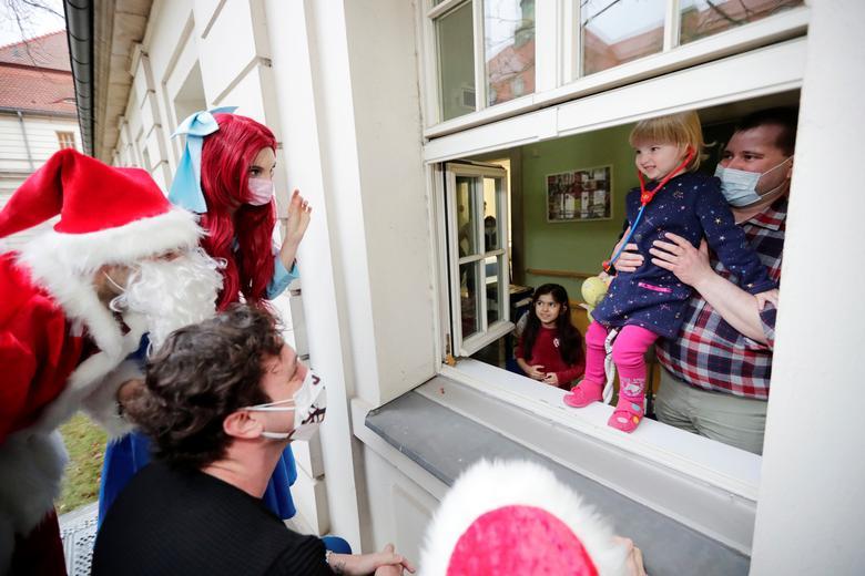 کریسمس در بیمارستان برلین آلمان