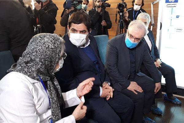 اولین تزریق واکسن ایرانی کرونا برای فرزند رییس ستاد اجرایی فرمان حضرت امام (ره)