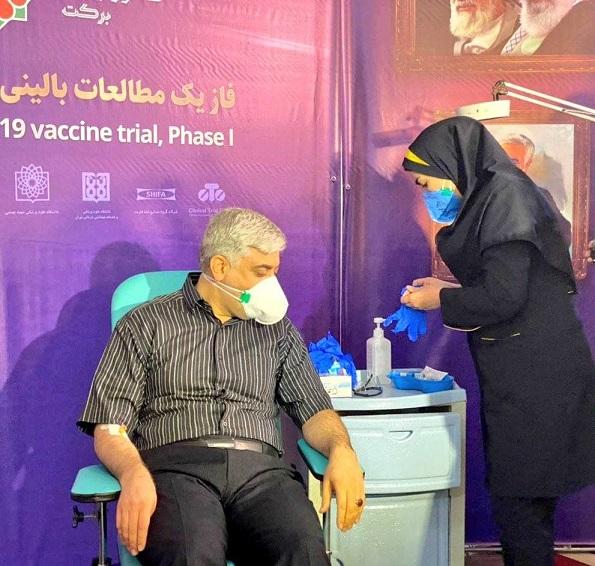 دومین تزریق واکسن ایرانی کرونا (عکس) 