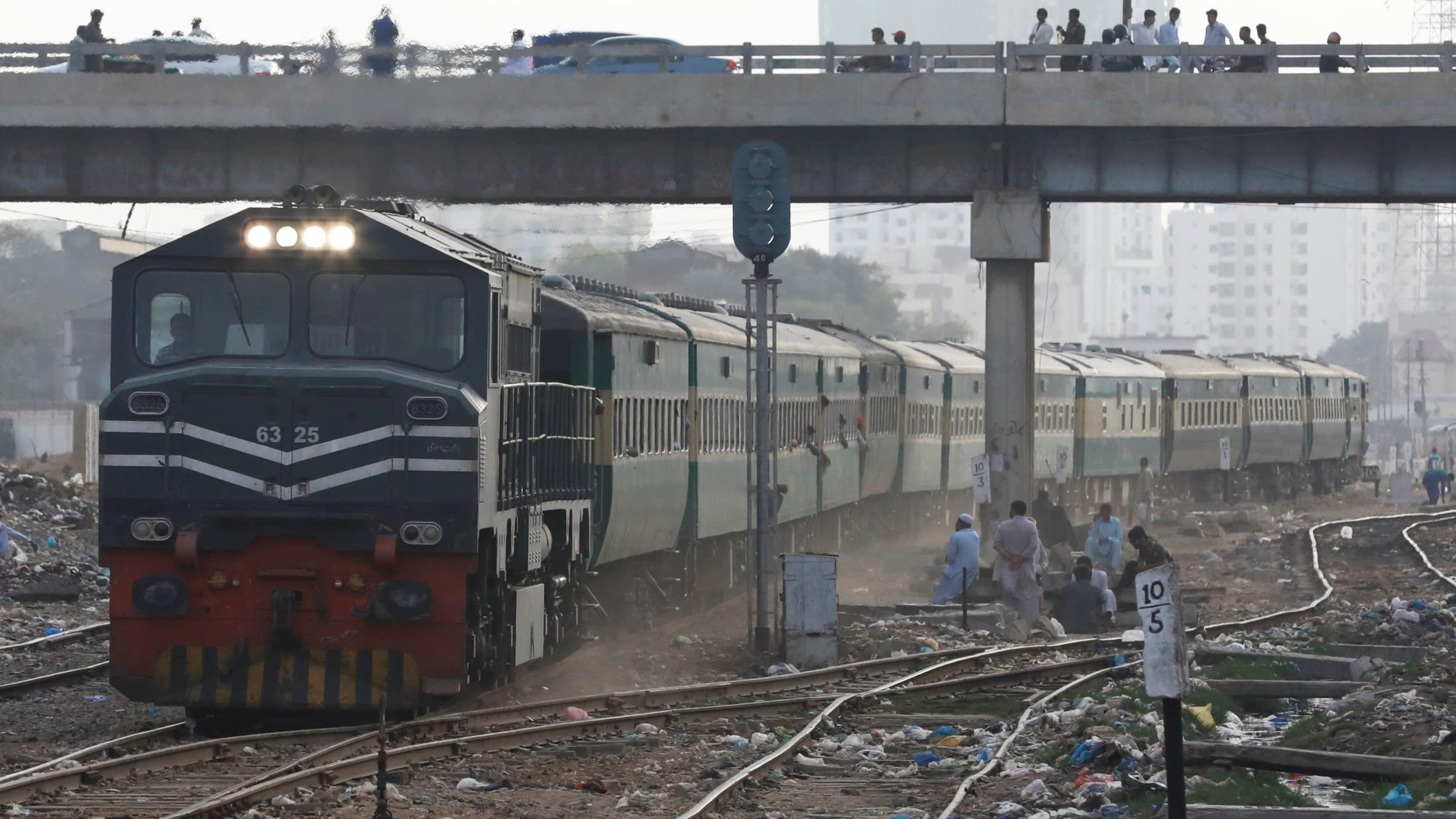 قطار ترکیه- چین بدون گذر از ایران