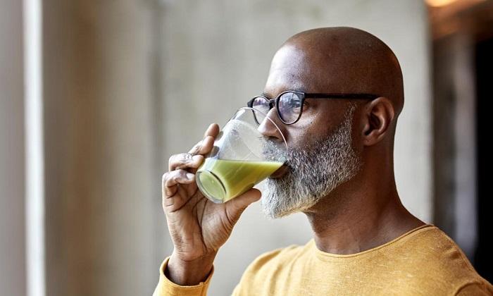 هر آنچه باید درباره رژیم غذایی مایع کامل بدانید