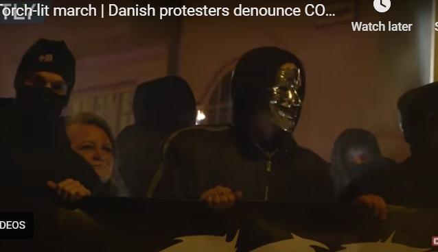 معترضان به قوانینن کرونایی در دانمارک