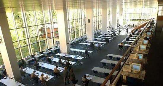 کتابخانه فاستر دانشگاه آزاد برلین