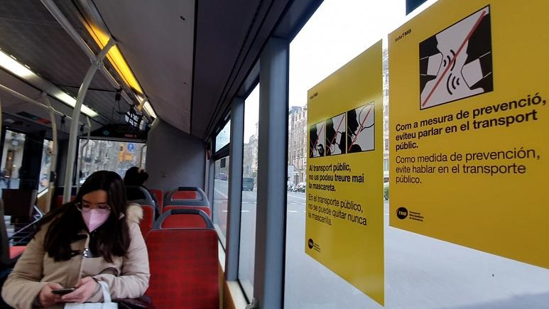 «سکوت کنید»؛ توصیه جدید در حمل و نقل عمومی بارسلون برای جلوگیری از شیوع کرونا