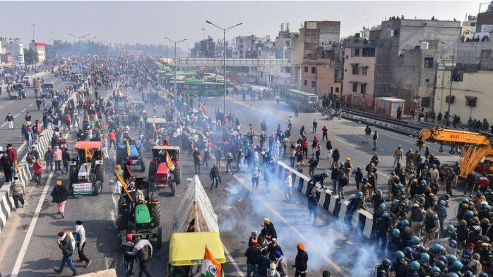 درگیری کشاورزان و پلیس هند