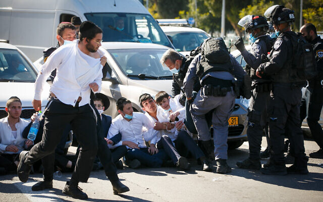 درگیری پلیس با مذهبیان اسرائیل بر سر قوانین کرونایی