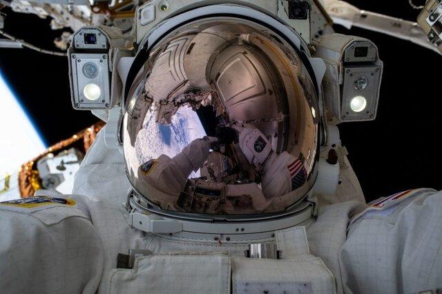 انجام اولین پیادهروی فضایی سال ۲۰۲۱