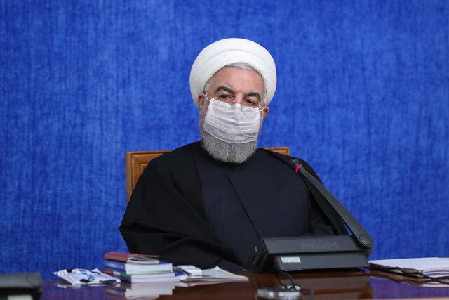 روحانی: «کولبری» و «سوخت بری» در شأن مردم و کشور نیست