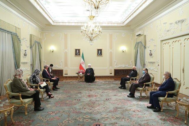 روحانی در دیدار وزیر خارجه ایرلند: اروپا به بی عملی نسبت به برجام پایان دهد