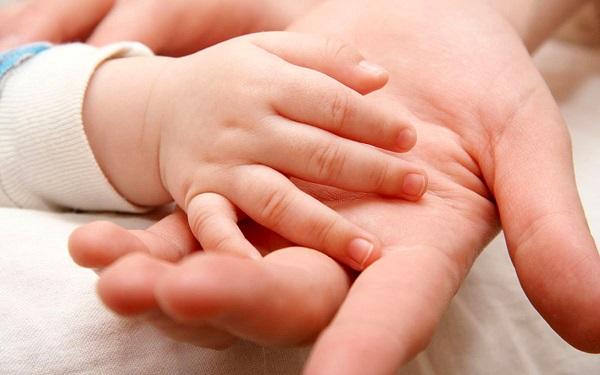 نسخه مجلس، خانوادهها را برای فرزندآوری تشویق میکند؟