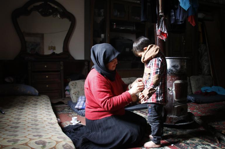 زنان سوریه پس از جنگ یر کار میروند