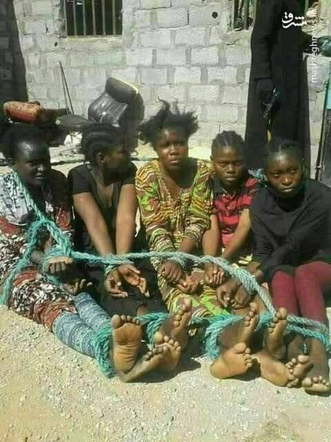 بازار فروش زنان در لیبی (عکس)