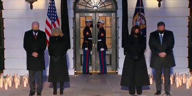 عبور آمار جانباختگان کرونا در آمریکا از ۵۰۰ هزار نفر/ پرچم آمریکا نیم افراشته می شود