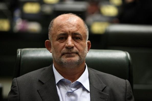 نماینده مجلس: حذف صفرها پاس گل دولت به ثروتمندان است/ بازی با اعداد نمیتواند مشکل تورم را حل کند