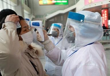 پزشک معروف چینی: ایمنی جمعی باعث افزایش فوتی های کرونا می شود