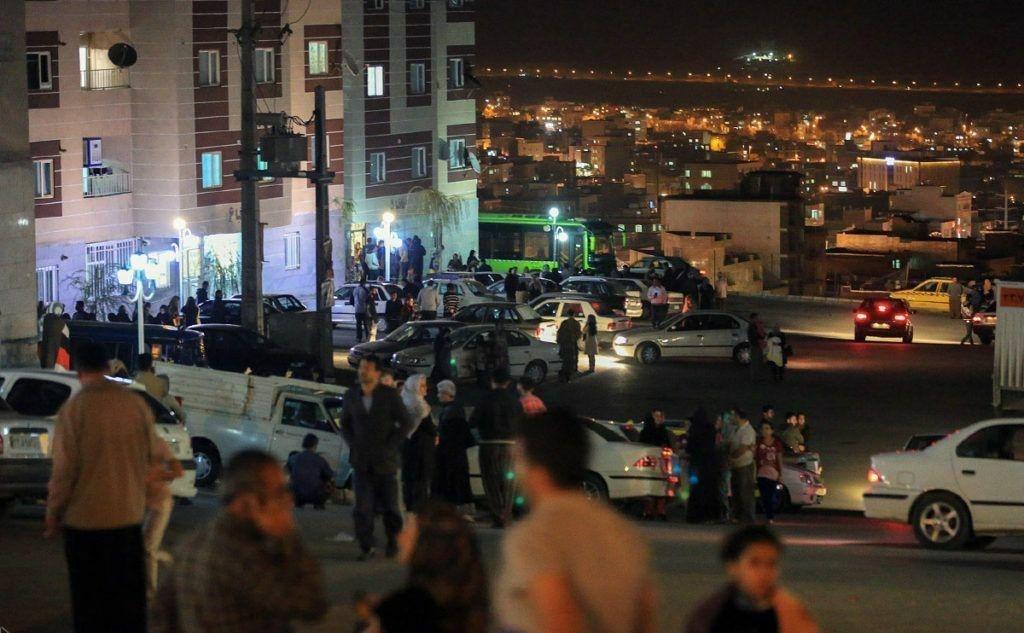وضعیت برخی محلات تهران پس از وقوع زلزله (عکس)