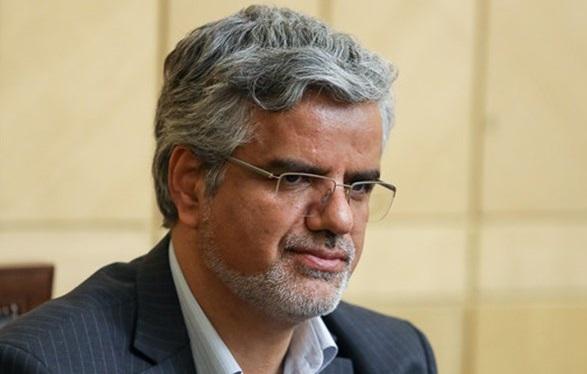 صدور حکم زندان برای محمود صادقی نماینده تهران با شکایت آملی لاریجانی
